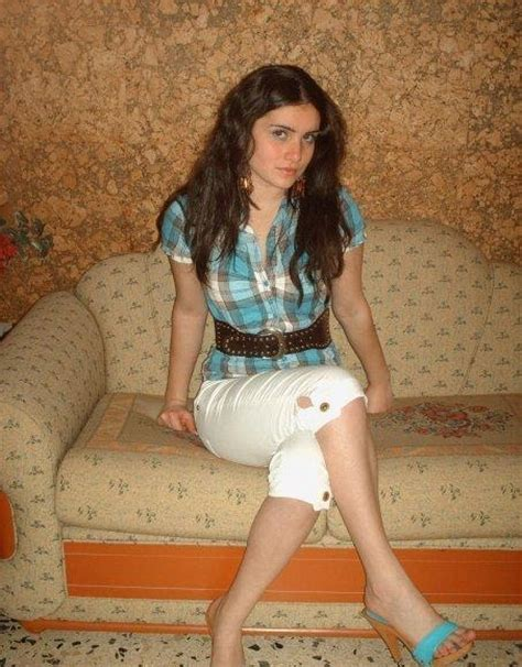 free picture amutuer girl arab